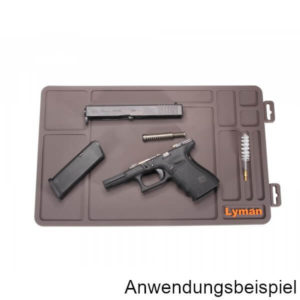 lyman-reinigungsunterlage-essential-maintenance-mat-waffenpflege-kurzwaffen-demo